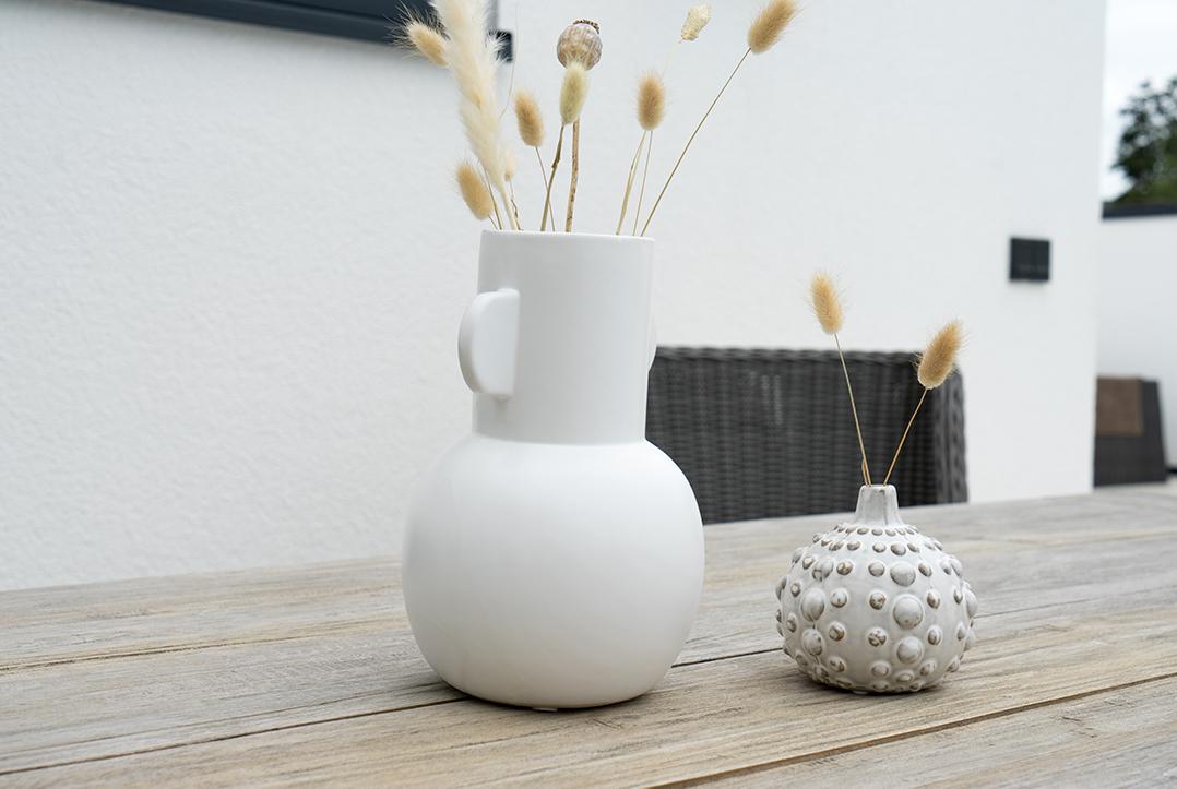 Vasen draußen